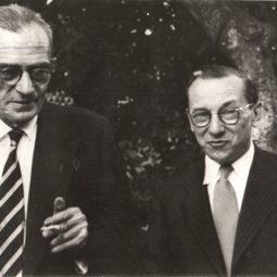 Com seu amigo, Graciliano Ramos. Rio de Janeiro, 1952.