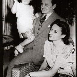 Casal Portinari com seu filho João Candido. Rio de Janeiro, 1941